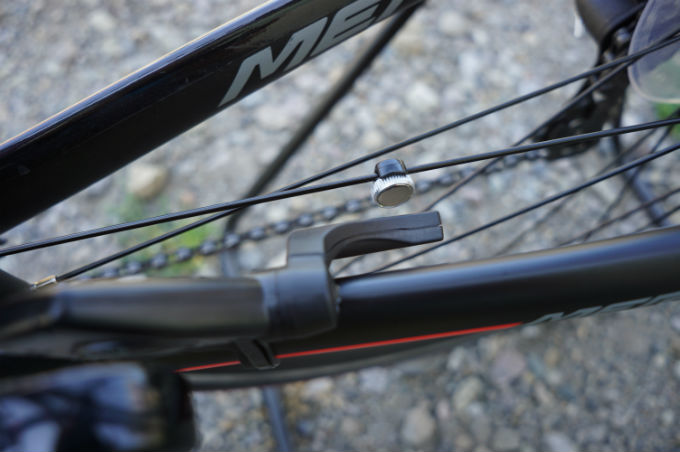 ストラーダ デジタルワイヤレス タイヤセンサー