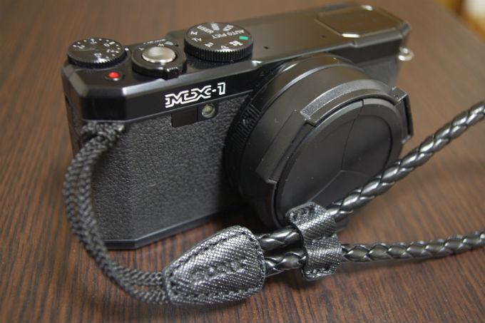 MX-1 ストラップ・レンズキャップ